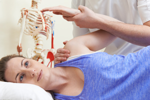 Mendip Chiropractic - Chiropractor in Somerset check and treat spine back hip neck muscle nerve naturally. Convenient location to serve Somerset towns Frome, Midsoemr Norton, Paulton, Wells, Glastonbury etc.